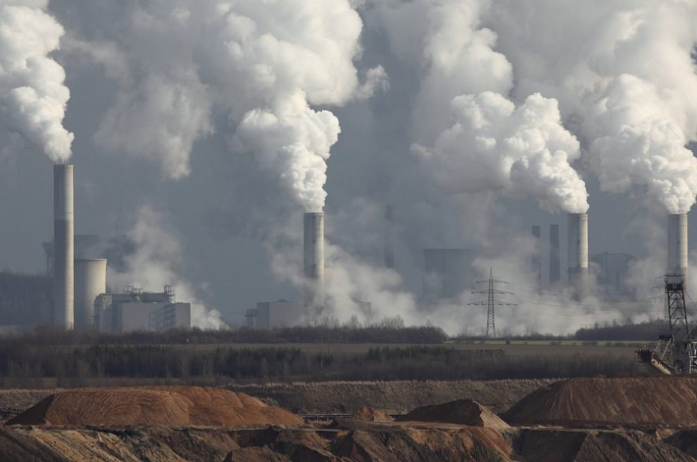 China's carbon market still ranks as world's biggest